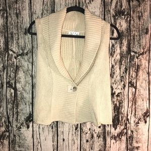 CAbi Shawl Collar Chunky Knit Sweater Vest | Small